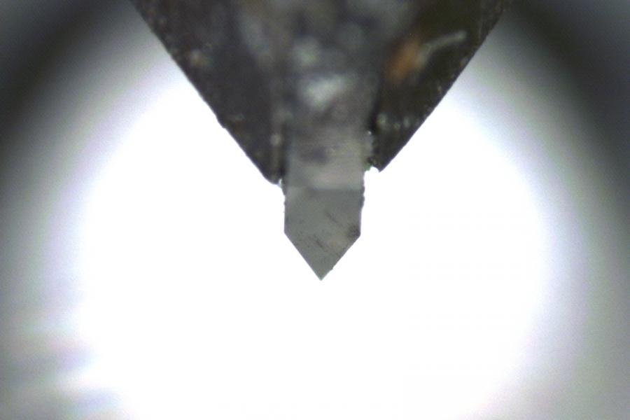 LatticeAx high angle diamond indenter